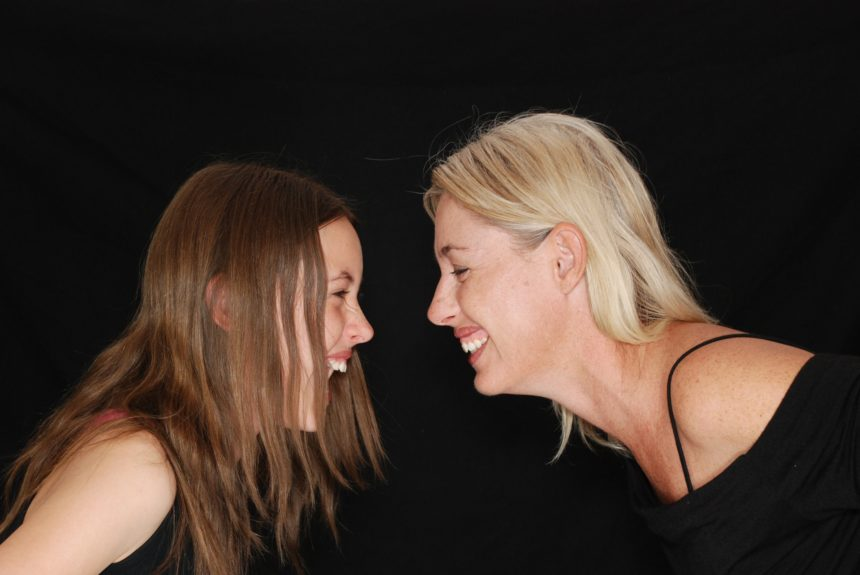 Lo yoga della risata: ridere è una cosa seria